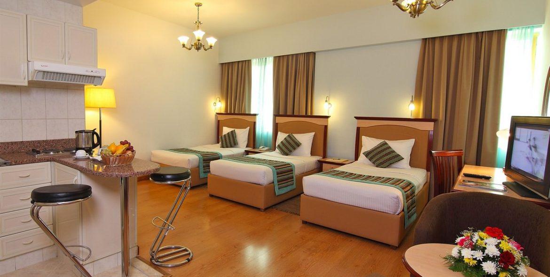 flora-hotel-studio-triple-2